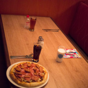 Boston Pizza set photos
