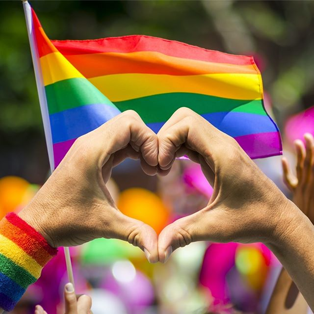 It's gay pride in the US and around the world, where we celebrate the Stonewall and Christopher Street riots that form part of the incredible story of how gay rights were advanced to their point today. #loveislove #gaypride #lgbtq